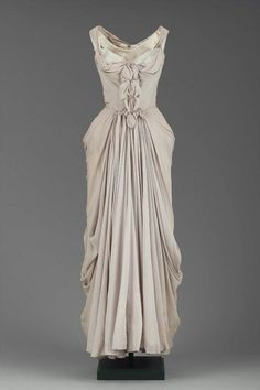 Evening dress American (New York CIty), 1951 Designed by Charles James, American (born in England), Silk plain weave (chiffon) and satin.