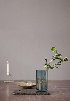 Vægge i grålige nuancer er en klassiker i den skandinaviske indretning. Drømmer du om en grå væg, må du endelig ikke tøve. Find inspiration til dit næste maleprojekt her.