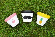 diy paint pot flowers / pot de fleurs spring printemps happy mother's day / Fête des mères mustache pineapple flamingo ananas flamand rose