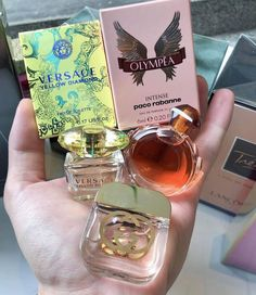 A lady who doesn't don fragrance has no future. Perfume Store, Perfume Bottles, Paco Rabanne, Parfum Yves Rocher, Ariana Perfume, Bath And Body Works Perfume, Perfume Recipes, Perfume Scents, Eos Lip Balm