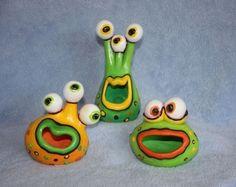 alien clay pinch pots by Downs