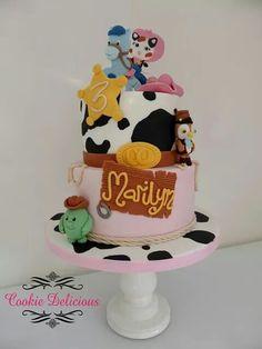 Sheriff Callie cake Cumple Sheriff Callie, Sheriff Callie Birthday, Cowgirl Birthday, Happy Birthday Baby, First Birthday Parties, 4th Birthday, Birthday Cakes, Birthday Ideas, Cupcakes