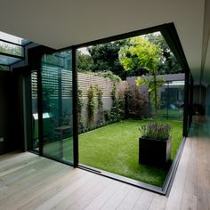 Courtyard Design Ideas for Modern Houses Interior We collect some good courtyard design ideas for you. You can choose one of the most suitable courtyard design ideas. Outdoor Spaces, Outdoor Living, Outdoor Sheds, Rustic Outdoor, Rustic Loft, Outdoor Doors, Outdoor Life, Modern Rustic, Modern Decor
