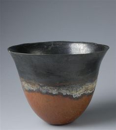 Black-topped Red-polished Tulip vase, Kerma, Sudan, Early 2nd millenium BC