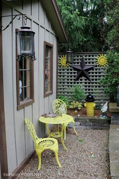 If you have an garden fence or wall, there is an outdoor art gallery waiting to happen. These ideas come from my own garden and gardens I have visited. There is everything from store-bought garden art to homemade, repurposed art, plus quirky thrift shop finds.