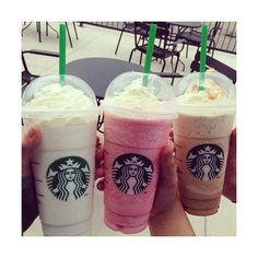 Sharing is caring with Starbucks! With these brilliant ideas on how to order cheap Starbucks drinks with expert money saving hacks! Comida Do Starbucks, Bebidas Do Starbucks, Starbucks Recipes, Starbucks Drinks, Coffee Drinks, Healthy Starbucks, Menu Secreto Starbucks, Copo Starbucks, Yummy Drinks