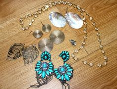 DIY Easy Fixes Broken Jewelry Tutorial. Useful information for people just starting out making jewelry.Tutorial from Cheap Chic Obsession here.