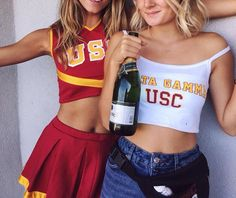 pinterest: nikkitrudeauuu College Goals, College Game Days, College Life, University Of Los Angeles, University Of Southern California, School Spirit, Friends Forever, Outfit Of The Day, Poses