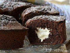 Ciambella al cioccolato fondente con cuore al mascarpone