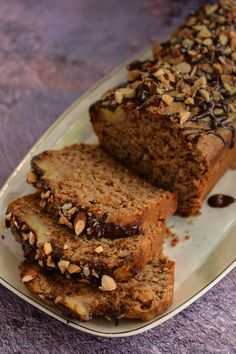 Raw Vegan Recipes, Vegan Desserts, Banana Bread Cake, Bolo Fit, Vegan Cake, Chocolate Recipes, No Bake Cake, Healthy Meals For Kids, Baking Recipes