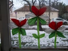 kokárda március 15 Diy And Crafts, Crafts For Kids, Paper Crafts, Independence Day Theme, Winter Time, Preschool Crafts, Origami, March, Spring