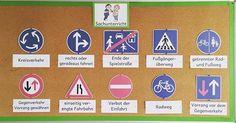 """Meine Sachunterrichtsecke zum Thema """"Verkehrszeichen"""" #Materialwiese…"""