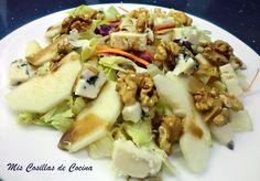 Ensalada de peras con Roquefort y nueces