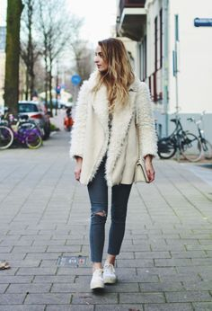 Rippe jeans and teddy coat