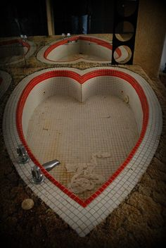Abandoned Pennsylvania resorts of the '70s and '80s:   Buck Hill Inn, Unity House, Pocono Gardens.  Period love-nest decor like heart-shaped tubs, mirrored and carpeted walls, and shag rugs.