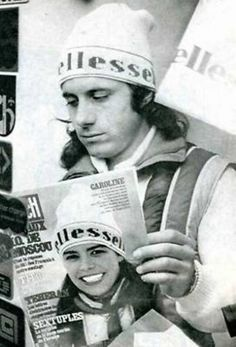 Guillermo Vilas is reading the Paris Match with Princess Caroline on the cover Jimmy Connors, Vintage Tennis, Paris Match, Princess Caroline, World Class, Ellesse, Tennis Players, Sport Wear, Gabriela Sabatini