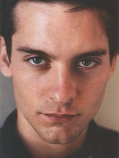 Tobey Maguire - Photo posted by stoone1 - Tobey Maguire - Fan club ...