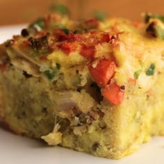 Leftover Thanksgiving Breakfast Casserole (I would use ham or chicken because I hate turkey) Thanksgiving Leftover Recipes, Thanksgiving Leftovers, Holiday Recipes, Thanksgiving Videos, Thanksgiving Casserole, Breakfast Desayunos, Breakfast Dishes, Breakfast Recipes, Brunch Recipes