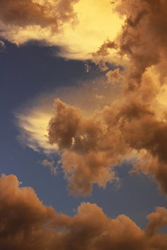 Erika Kay, Maxfield Parrish Skies | Flickr - Photo Sharing! Gold Aesthetic, Orange Aesthetic, Aesthetic Photo, Aesthetic Pictures, Aesthetic Backgrounds, Aesthetic Wallpapers, Maxfield Parrish, Kunstjournal Inspiration, Sky And Clouds