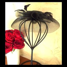 Sale! Mr Song Fascinator Sunday Hat Worn once!  Pristine sinamay and feather hat by Mr. song.  Vintage vibe, this is so versatile.  Comb attaches to hair for a snug fit. Mr Song Accessories Hats