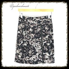 """Banana Republic Pencil Skirt w/ Zipper Unique skirt has a working zipper up the front that can be adjusted to fit your preference. Fully lined. Cummerbund style waist. Back zipper entry. 100% rayon. Lining is 100% polyester.  Length is 20.5"""". Waist measures 13.5"""" across. Beautiful! Banana Republic Skirts Pencil"""