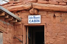 A blog about sightseeing and travel destinations in the desert southwest. Photographs and slide shows.
