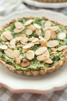 Grain-free spinach and ricotta tartlets with almond pie crust. Scandi Home