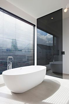 Find the best ideas and inspiration for luxury bathroom interior design and decoration at Maison Valentina. And while you're at it, find the most exquisite bathroom furniture there as well! Tub With Glass Door, Glass Bathroom Door, Bathroom Windows, Bathroom Interior, Modern Bathroom, Window Glass, Bathroom Furniture, Bad Inspiration, Bathroom Inspiration