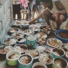 #Jaraguenses disfrutando almuerzo entre hermanos tal y como #Dios quiere que se entienda. https://www.instagram.com/p/BIwIM7BA-LcWhOGjHtu9-1xf-9asR19I93kZaU0/