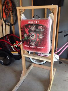 Finally made my own stand for my bag target, it was pretty darn easy too! #archery