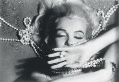 Marilyn Monroe par Bert Stern http://www.vogue.fr/photo/les-photographes-de-vogue/diaporama/hommage-a-bert-stern/14138/image/788734