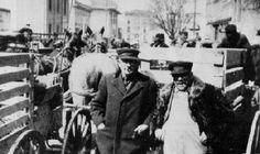 Germans in Wisconsin: Open-air animal market in Watertown, 1923. (WHi X3 32529)