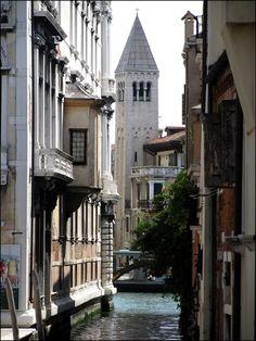 San Samuele Church and belltower in background. Venice
