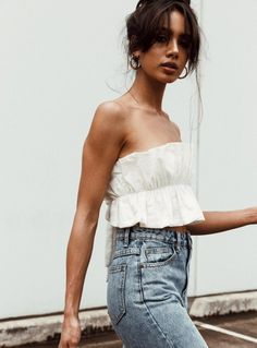 Shop Princess Polly online now for the hottest Crop Top styles trending right now! Buy now, pay later with Afterpay. Crop Top Outfits, Summer Outfits, Cute Outfits, White Crop Top Outfit, Trendy Outfits, Anna Campbell, Pop Fashion, Fashion Outfits, Fashion Hub
