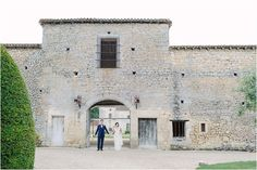 Want a destination wedding in France? Photo by Kytography