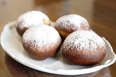 """But, the pinner says, """"LOVED when my mom made these! Paczki (Polish Donut) popular for fat tuesday - Ania's Polish Food Recipe Donut Recipes, Gourmet Recipes, Dessert Recipes, Sweet Recipes, Polish Desserts, Polish Recipes, Polish Donut, Polish Food, The Best"""