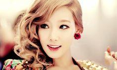 omg she is so pretty!   #taeyeon, #kpop