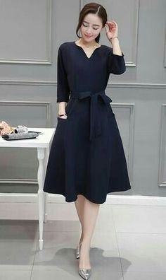 Fall Outfits For Work Dresses in a Budget, Casual work dresses, summer and winter work dress outfits, professional work dresses. Simple Dresses, Cute Dresses, Casual Dresses, Dresses For Work, Office Dresses, Dresses Dresses, Casual Professional, Professional Dresses, Modest Fashion