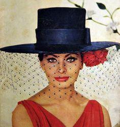 Style Icon Sophia Loren. #StyleIcons #SophiaLoren