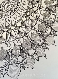 Mandalas más henna zentangle desenler, zentangle ve çizimler Mandala Doodle, Mandala Art, Mandalas Painting, Mandalas Drawing, Zentangle Drawings, Doodles Zentangles, Mandala Pattern, Zentangle Patterns, Doodle Drawings