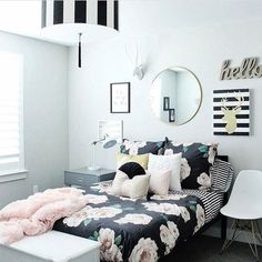 Cute bedroom decor for teen girls. Pick one cute bedroom style for teen girls, more DIY Dream Castle bedroom ideas will be shown in the gallery and get inspired! #DIYHomeDecorForGirls