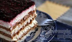 Yoghurt, biscuit and rasberry jam summer sweet Greek Sweets, Greek Desserts, Party Desserts, Greek Recipes, No Bake Desserts, Dessert Recipes, Fridge Cake, Icebox Cake, Pastry Shop