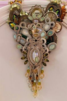 Soutache necklace by Annalisa Esposito Quibli.  This is lovely because the soutache is not dominating the design!  Curleytop1.