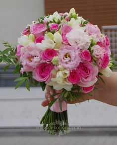 Pink wedding bouquet of roses, freesias and eustoma - Trouwjurken - wedding bouquets Country Wedding Bouquets, Spring Wedding Bouquets, Fall Wedding Bouquets, Bride Bouquets, Floral Bouquets, Floral Wedding, Wedding Country, Floral Wreath, Prom Flowers