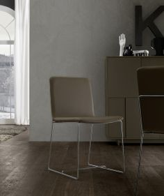 Jesse_chairs_TULLY_046