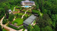 Tyler Perry's Former House (sold), 4110 Paces Ferry Road NW Atlanta, Georgia 30327 United States - page: 1 Atlanta Mansions, Mega Mansions, Luxury Mansions, Tyler Perry, Beautiful Gardens, Beautiful Homes, Versailles, Dream Mansion, Luxury Homes Dream Houses