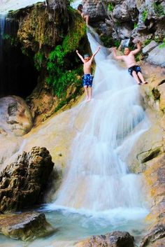 """If you're looking for unique, outdoor activities to do with your children, check out some ideas in TravelOK's """"Out and About with the Kids"""" article which includes a trip to Turner Falls Park in Davis, Oklahoma. Oklahoma Tourism, Travel Oklahoma, Oklahoma City, Davis Oklahoma, Texas Travel, Best Swimming, Swimming Holes, Beavers Bend State Park, State Parks"""