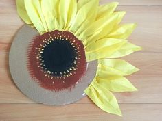 Gorgeous huge lifelike sunflowers by Macaroni MinxLarge tissue paper sunflowers for rustic wedding decor, fall decorating and photo backdrops Paper Flower Art, Tissue Paper Flowers, Flower Crafts, Diy Flowers, Fabric Flowers, How To Make Sunflower, Sunflower Party, Crepe Paper Crafts, Diy Paper