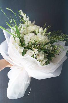 """Flower Bouquet Fall Wedding – Flower Bouquet from """"Flower Bouquet Fall Wedding"""" Pictures Flower Bouquet Png, Bouquet Wrap, Floral Bouquets, Paper Flower Decor, Flower Decorations, Paper Flowers, Amazing Flowers, Beautiful Flowers, How To Wrap Flowers"""