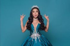 Xime Ponche hermosa💓💯 Quinceanera Dresses, Prom Dresses, Formal Dresses, Sweet Fifteen, Photos Tumblr, Cool Pictures, Hair Beauty, Outfits, Beautiful